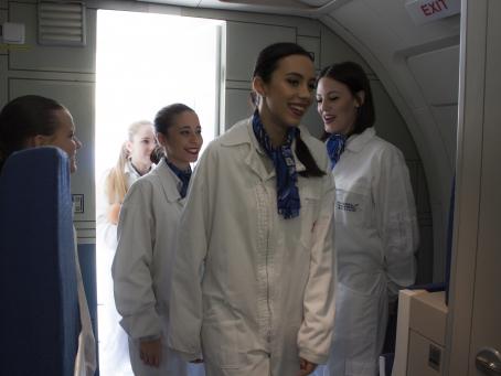 Descuento curso de azafata de vuelo Madrid
